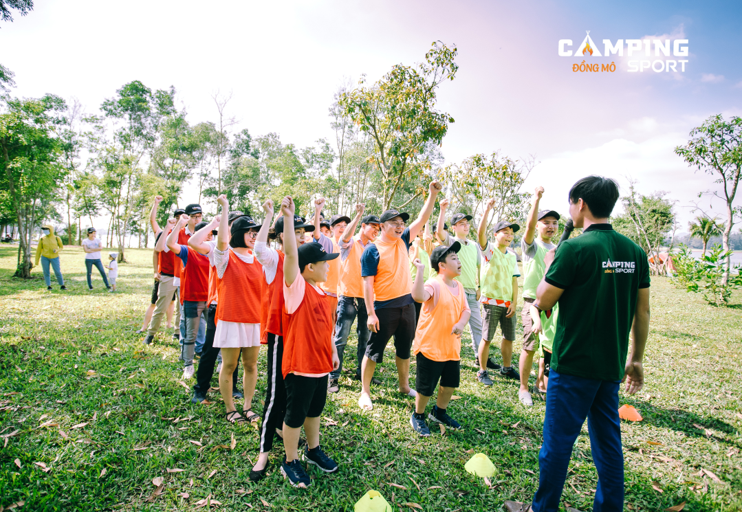 camping-sport-team-building